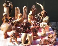 Резные фигурки из дерева