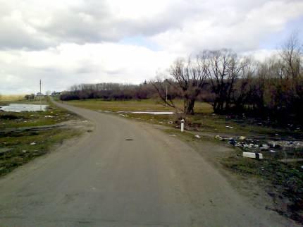 Дорога  на  Гвоздовку.