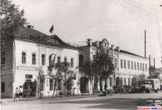Горком партии и отдел милиции. 10 апреля 1969 год