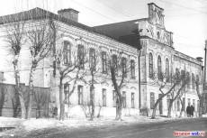 Здание средней школы интерната, 1969 год