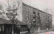 Ул Советская д2, жилой дом текмаш, 1975 год